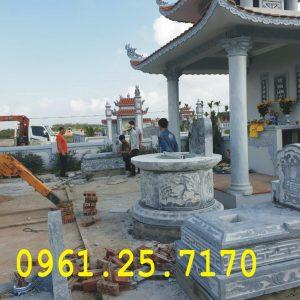 Mẫu mộ đá tròn và mộ tam sơn.